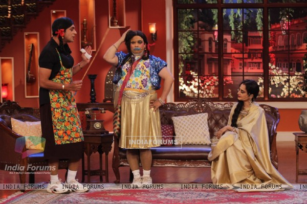 Super Nani on Comedy Nights with Kapil