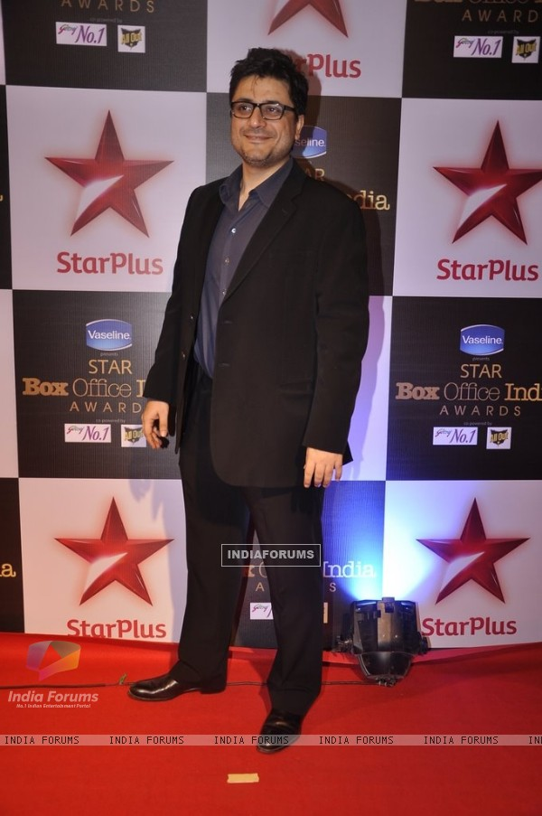 Goldie Behl poses for the media at Star Box Office Awards