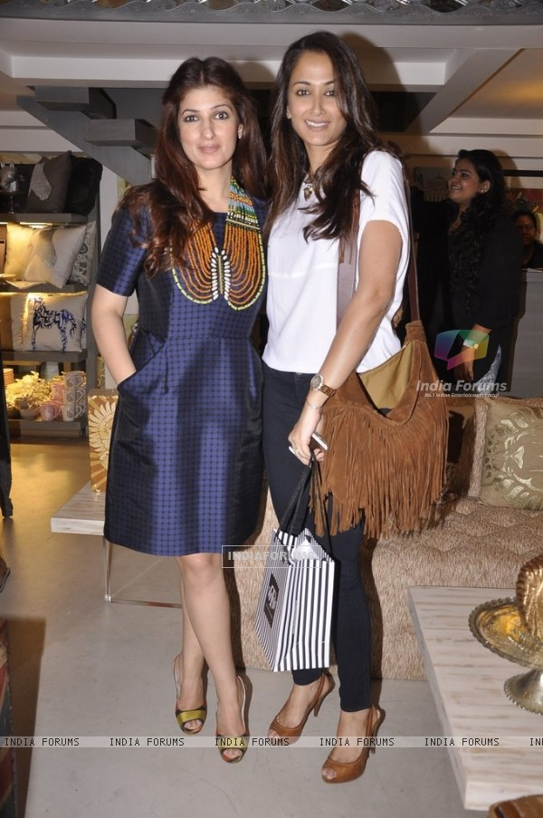 Twinkle Khanna poses with a friend at Laila Singh Showcase