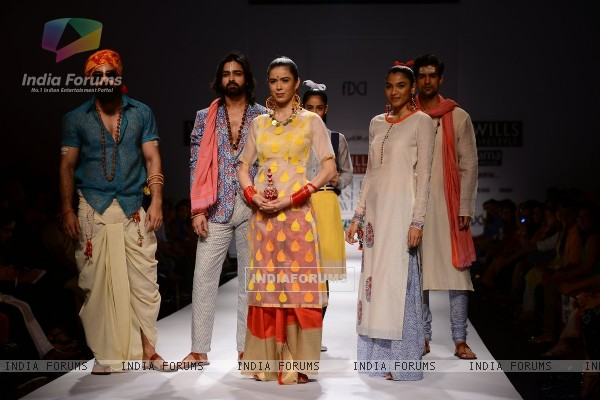 Chhaya Mehrotra showcases her collection at the Wills Lifestyle India Fashion Week Day 3