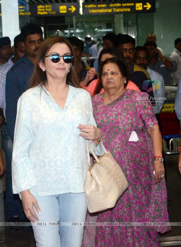 Nita Ambani snapped at Kolkatta