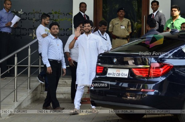 Aditya Thackeray waves to the camera at Airport while leaving for Nashik