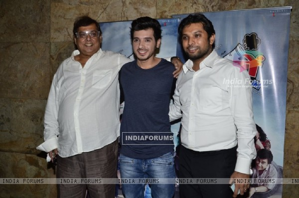 Divyendu Sharma poses with David Dhawan and Abhinav A Shukla at the Special Screening