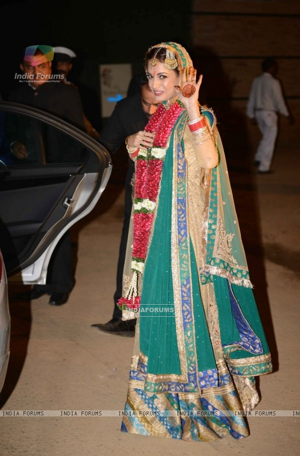 Dia Mirza waves to the camera at her Wedding Ceremony