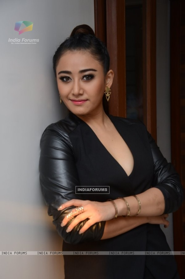 Ann Mitchai at her Bollywood Album Launch