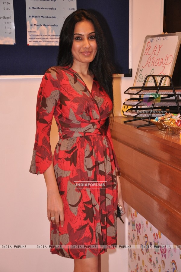 Kamya Punjabi was seen at the Launch of a New Play Around Centre