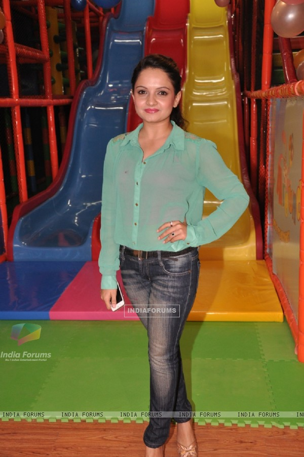 Giaa Manek at the Launch of a New Play Around Centre