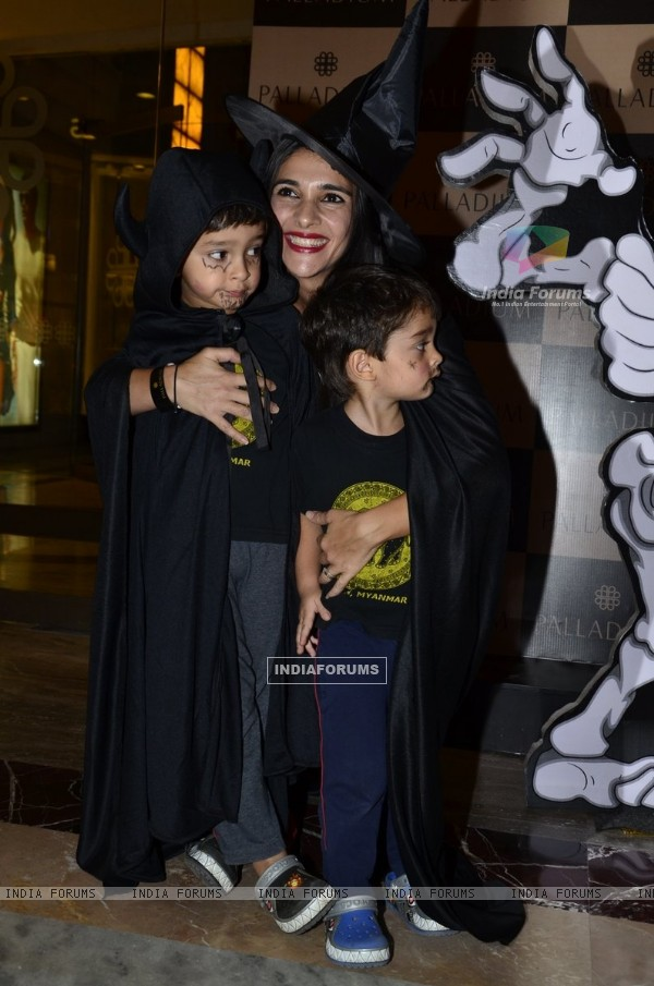 Tara Sharma poses with her kids at Palladium Halloween Bash