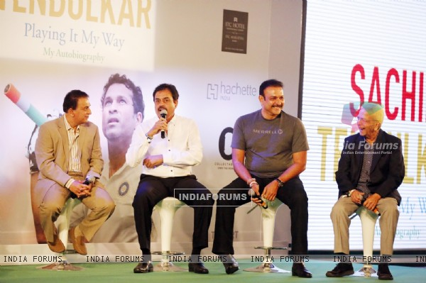 Sunil Gavaskar at the Launch of Sachin Tendulkar's Autobiography 'Playing It My Way'