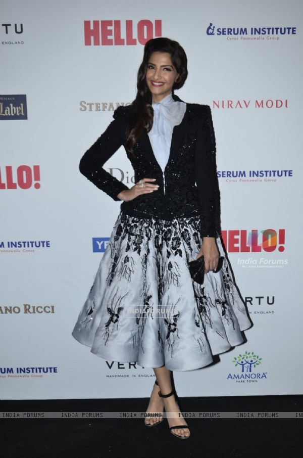 Sonam Kapoor poses for the media at Hello! Hall of Fame