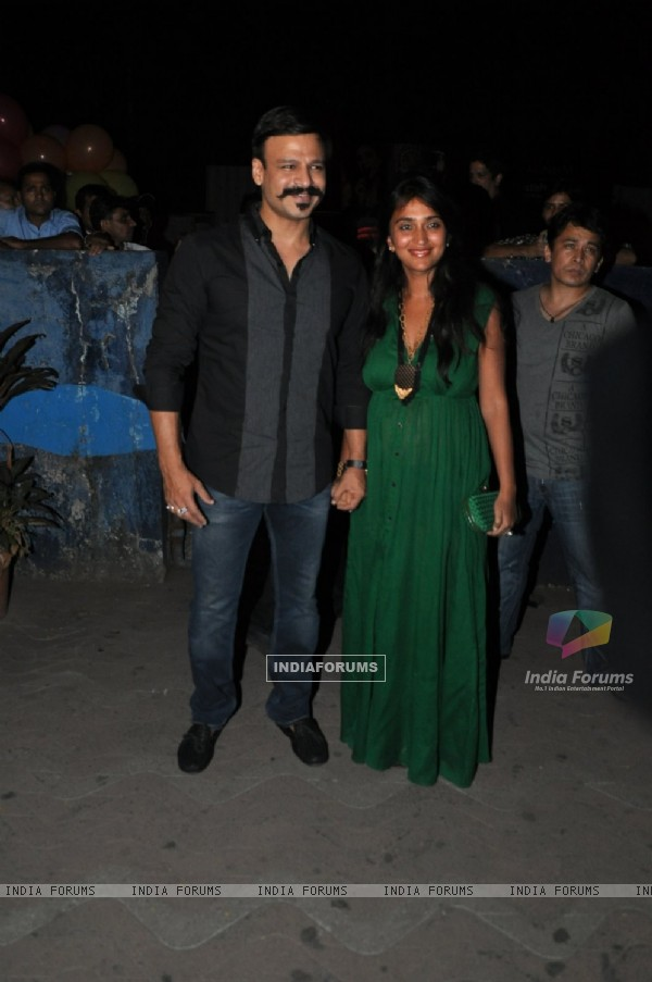 Vivek Oberoi with his wife at the Special Screening of Kill Dil