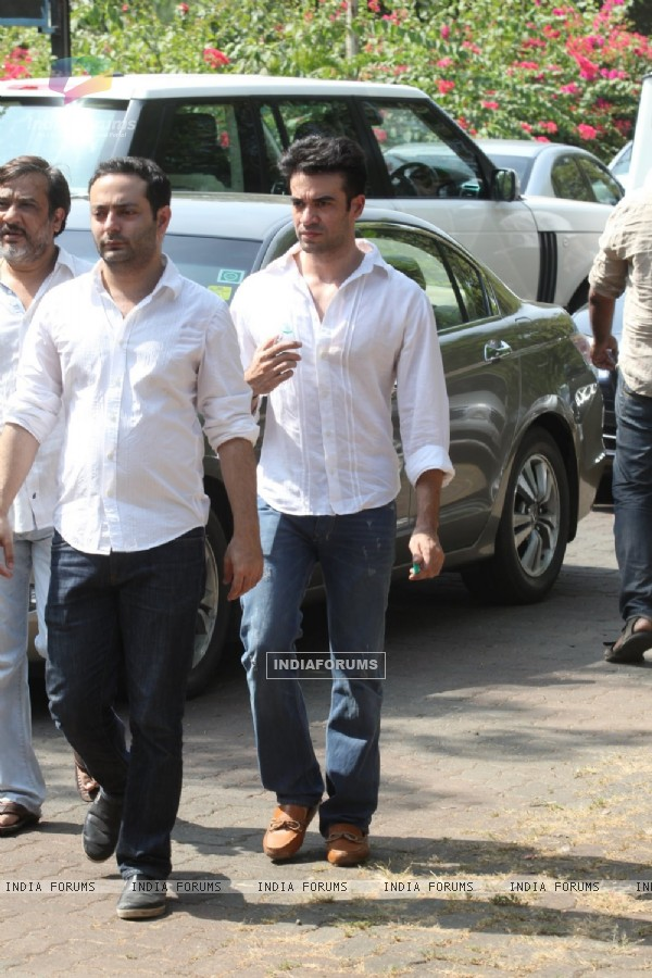Punit Malhotra was snapped at the Last Rites for Ravi Chopra