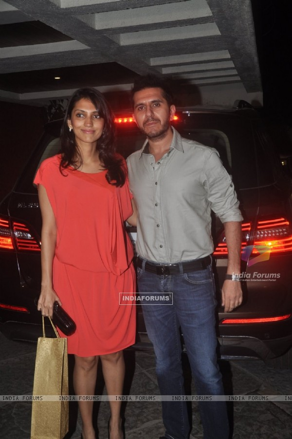 Ritesh Sidhwani poses with his wife at Sonali Bendre's Marriage Anniversary