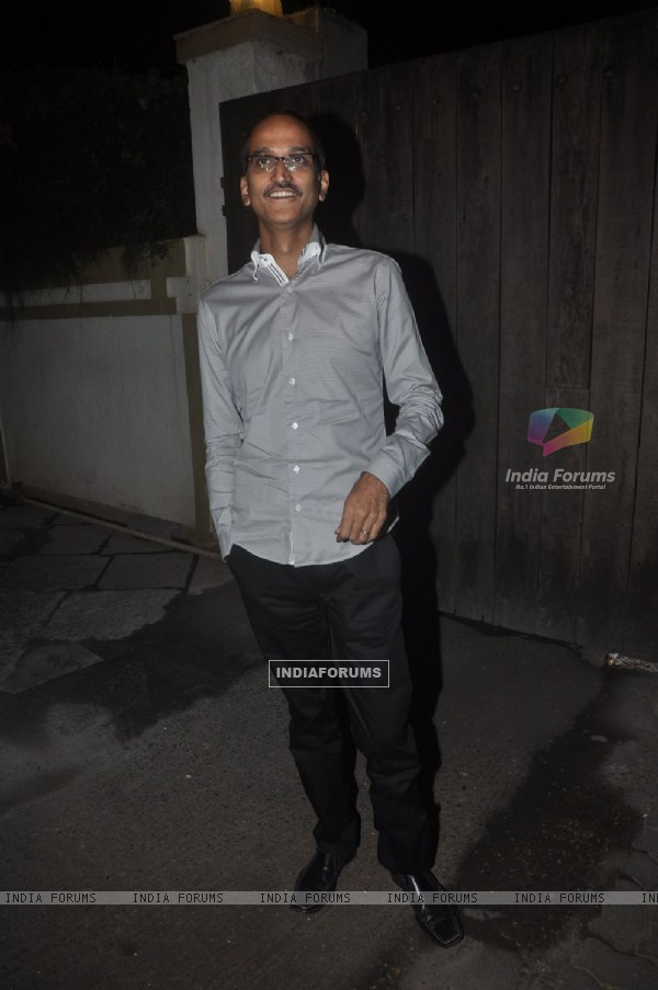 Rohan Sippy poses for the media at Sonali Bendre's Marriage Anniversary