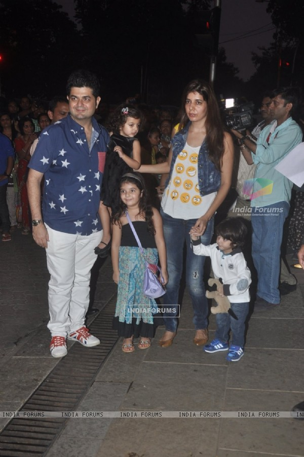 Dabboo Ratnani with his family at Aradhya Bachchan's Birthday Bash