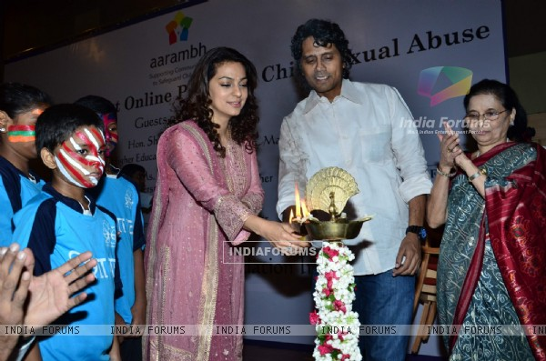 Juhi Chawla lights the Lamp at the Launch of aarambhindia.org