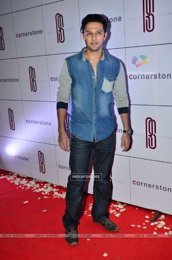Vatsal Sheth poses for the media at Rohit Sharma's Bash