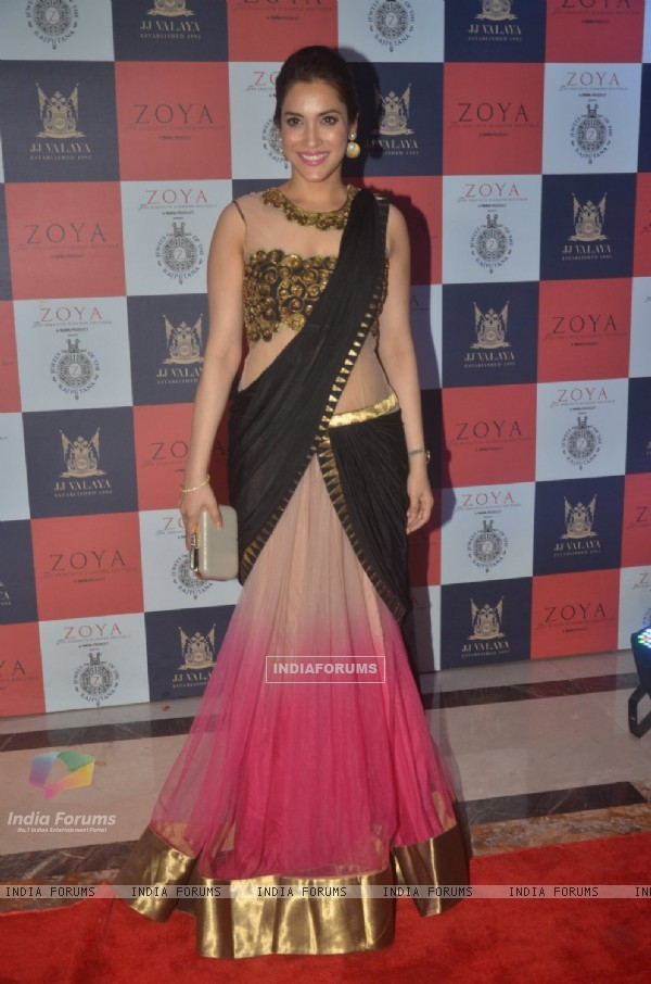 Rashmi Nigam poses for the media at the Launch of Zoya's New Collection 'Jewels of the Rajputana'
