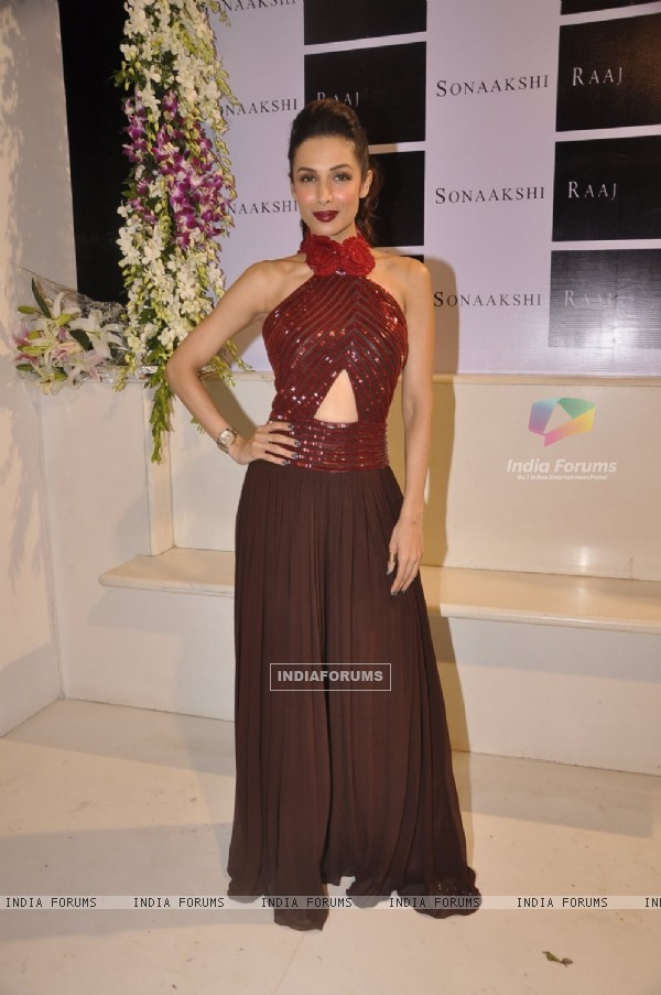 Malaika Arora Khan poses for the media at Sonaakshi Raaj Store Launch