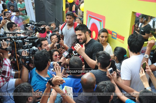 Sidharth Malhotra at the Radio Mirchi event at Equal Street