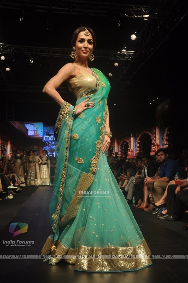 Malaika Arora Khan walks the ramp at the Madame Style Week