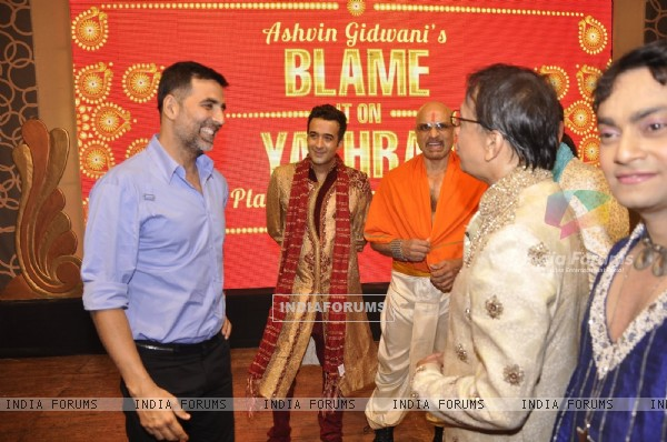 Akshay Kumar was snapped at the Premier of Ashvin Gidwani's Show Blame it on Yashraj