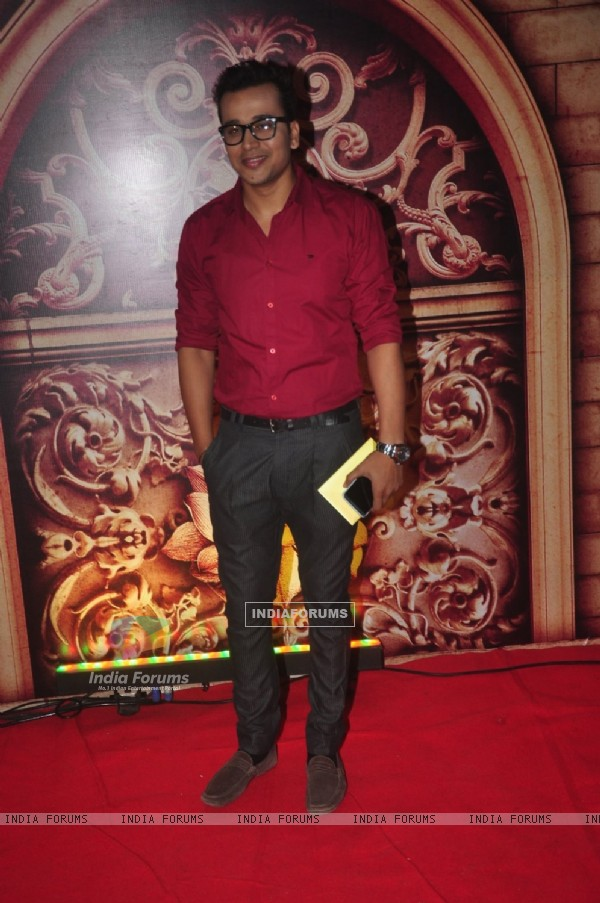 Anurag Sharma poses for the media at Zee Rishtey Awards