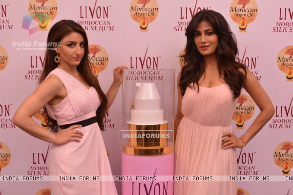 Soha Ali Khan and Chitrangda Singh Launch the Livon Moroccan Silk Serum
