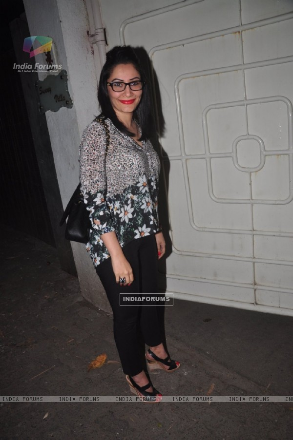 Manyata Dutt poses for the media at the Special Screening of Action Jackson