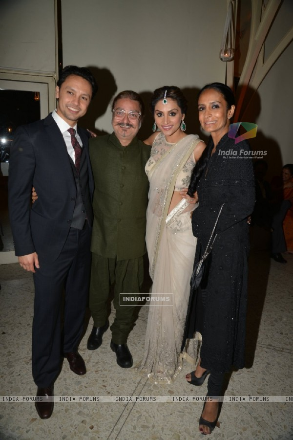 Vinay Pathak & Suchitra Pillai at Purbi Joshi & Valentino's Wedding