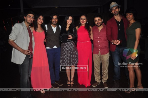 Main Aur Mr. Riight's Bash