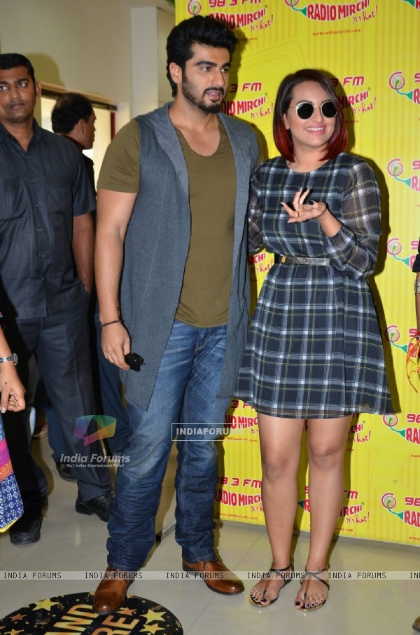 Promotion of Tevar on Radio Mirchi 98.3 FM