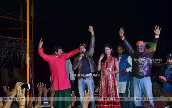 Gautam Rode greets the gathering at the Mahakumbh Launch in Varanasi