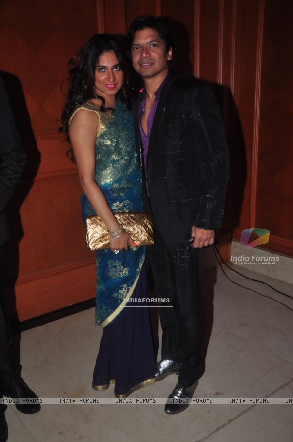 Shaan poses with wife Radhika Mukherjee at Uday and Shirin's Sangeet Ceremony