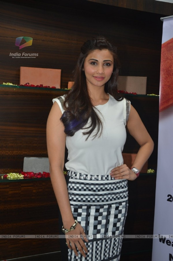 Daisy Shah poses for the media at the Launch of Building Bricks