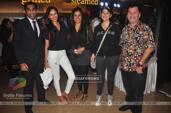 Manisha Koirala poses with friends at the Special Screening of P.K.