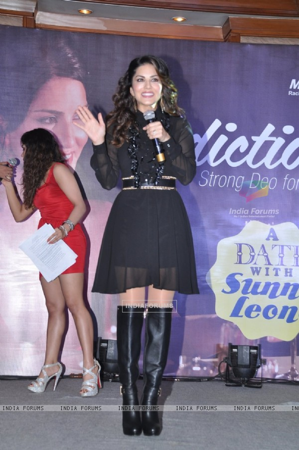 Sunny Leone interacts with the audience at the Launch of Addiction Deos