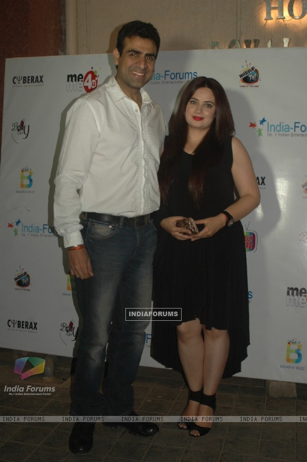 Rohit Sagar poses with wife Shalini Kapoor Sagar at India-Forums 11th Anniversary Bash