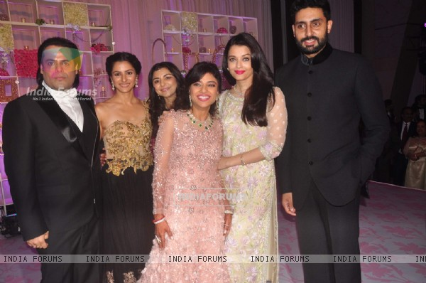 Aishwarya Rai Bachchan & Abhishek Bachchan at Uday Singh and Shirin's Reception Party