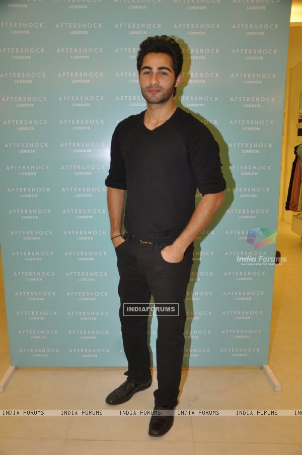 Armaan Jain poses for the media at After Shock's Store Launch
