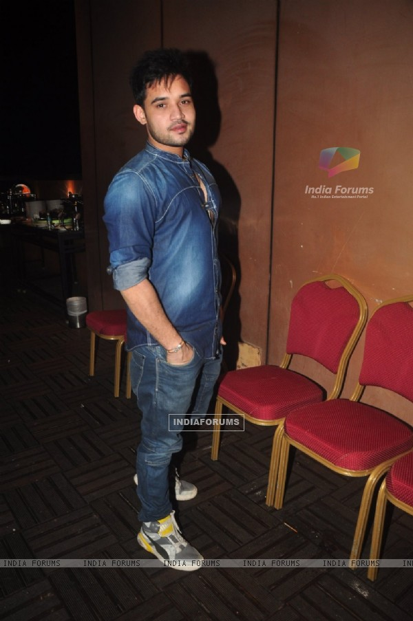 Srman Jain poses for the media at Ravi Dubey's Birthday Bash