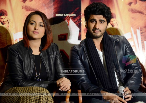 Sonakshi Sinha and Arjun Kapoor snapped at the Promotions of Tevar in Delhi