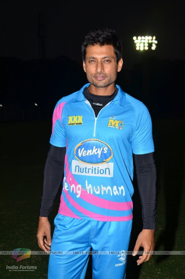 Indraneil Sengupta poses for the media at CCL Practice Session