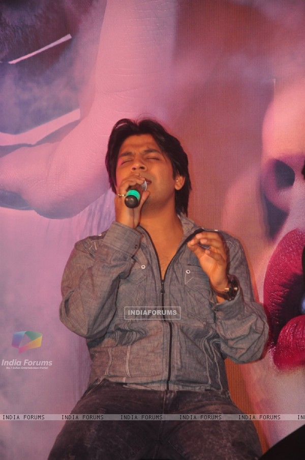 Ankit Tiwari was snapped singing at the Music Launch of Khamoshiyan