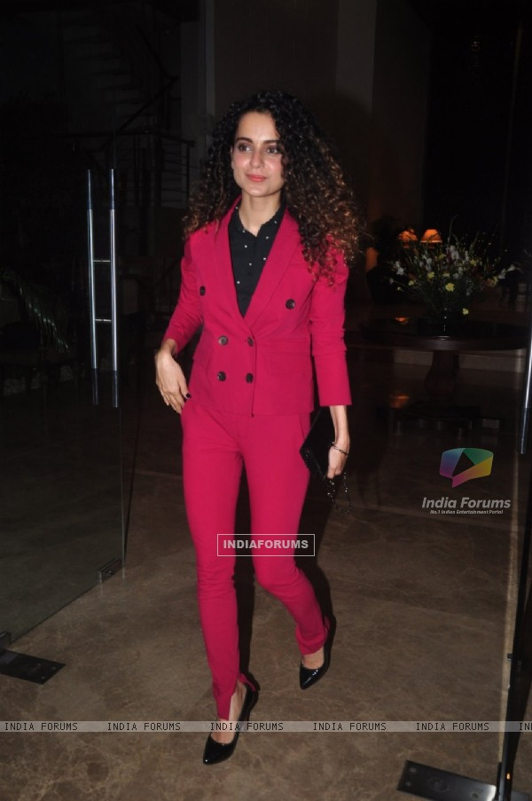 Kangana Ranaut poses for the media at Farah Khan's Birthday Bash