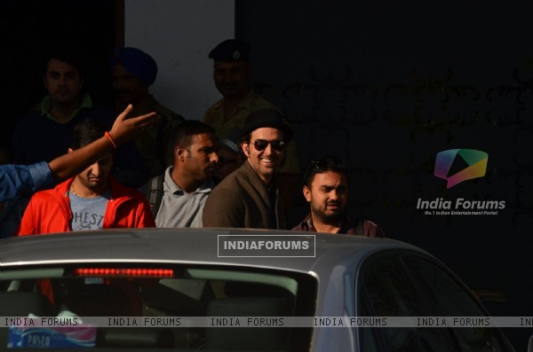 Hrithik Roshan smiles for the camera on Arriving from Saifai Mahotsav Fest