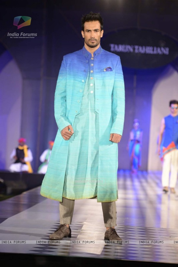 Asif Azim walks the ramp at Tarun Tahiliani's Azva show in Hyderabad