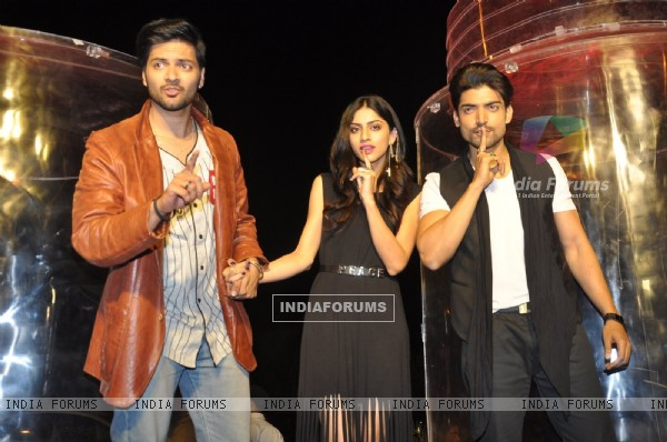 Team poses for the media at the Promotions of Khamoshiyan