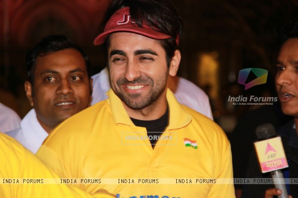 Ayushmann Khurrana was snapped at Standard Chartered Mumbai Marathon 2015