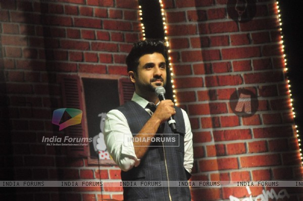 Vir Das interacts with the audience at Weirdass Pajama Event
